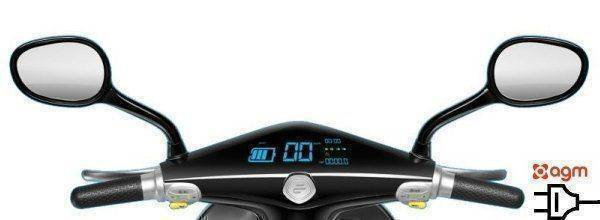 elektrische-agm-escooter