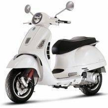 Vespa-GTS300-Super-wit