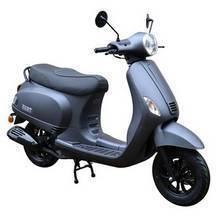 italiaanse retro scooter mat zwart