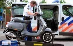 rollenbank_scooter_politie